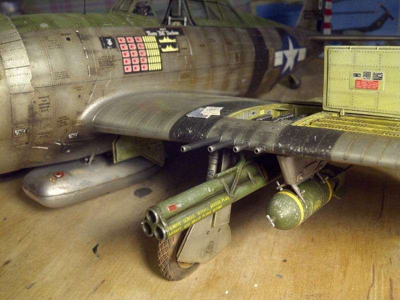 "P47 TRUMPETER 1/32  du major WILLIAM.D ""bill"" DUNHAM Saint-63"