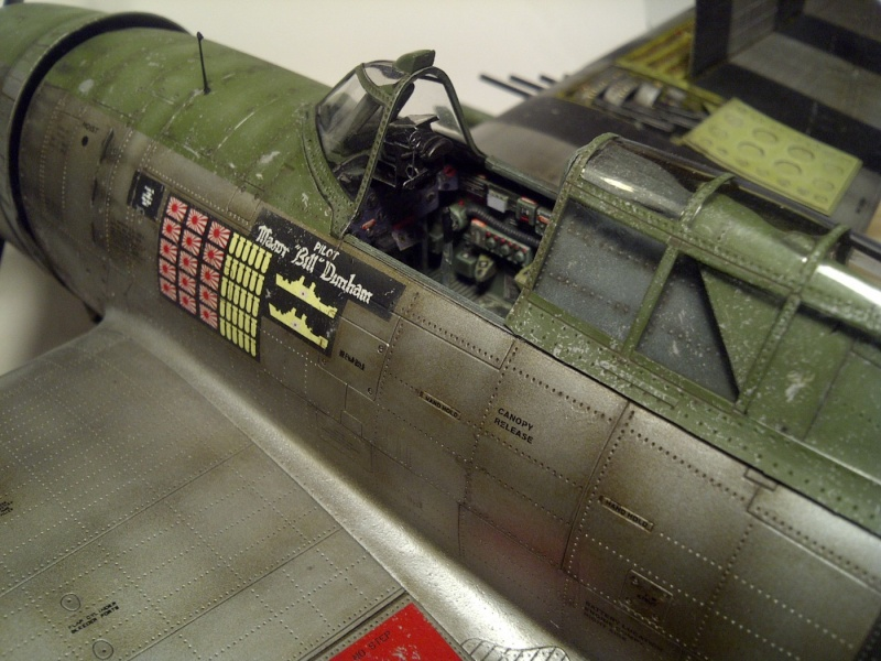 "P47 TRUMPETER 1/32  du major WILLIAM.D ""bill"" DUNHAM Saint-66"