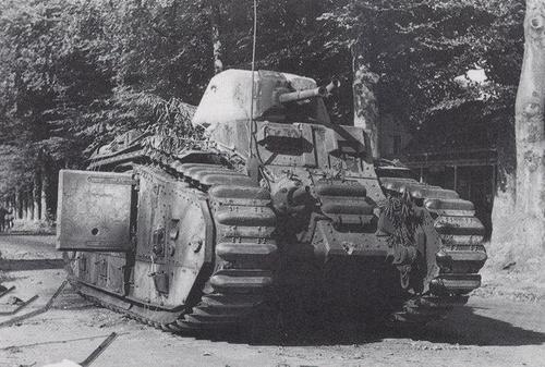 Flammwagen auf Panzerkampfwagen B-2 740 (f) B1_bis10