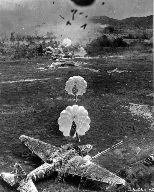 Avions insolites Bombar10