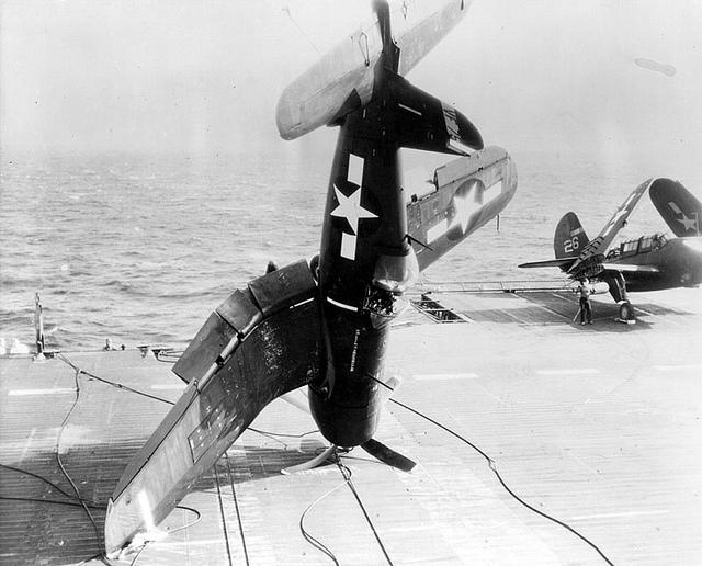 Avions insolites Corsai11