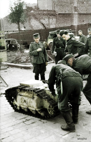 Vehicules de demolition allemands (2012) Goliat10