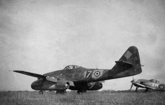 Avions insolites Me_26211