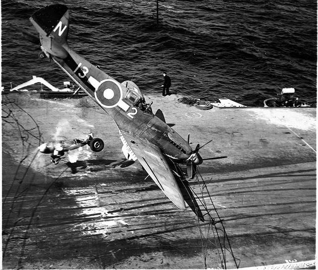 Avions insolites Spitfi10