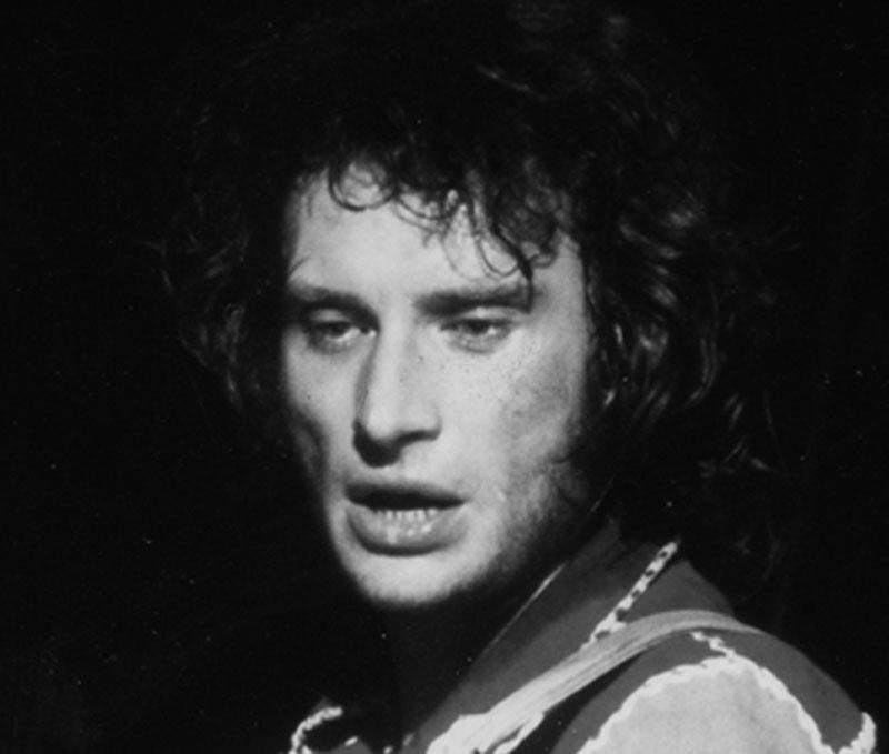 Johnny chez le coiffeur, cheveux longs cheveux courts  - Page 3 1970_211