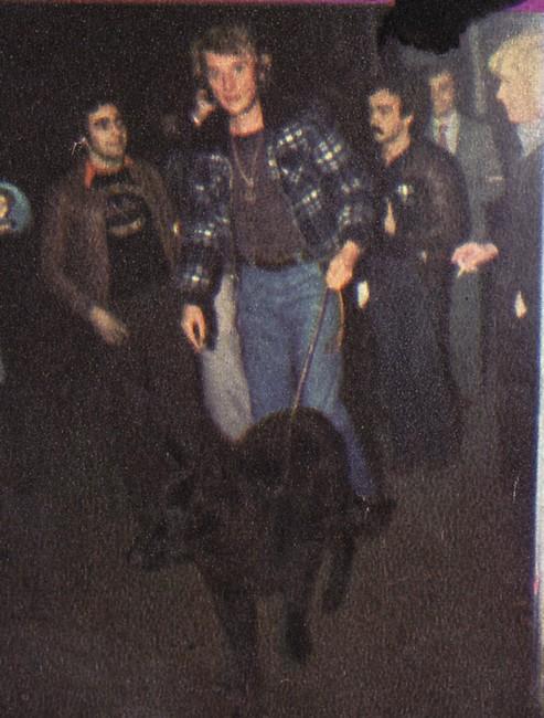"""Johnny et les """"z'animaux"""" - Page 5 19771110"""