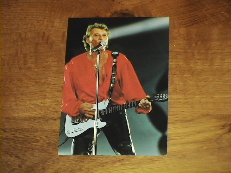 Johnny Chemises en Rouge, Noir, Blanc, en Couleur ..... - Page 6 Photos19