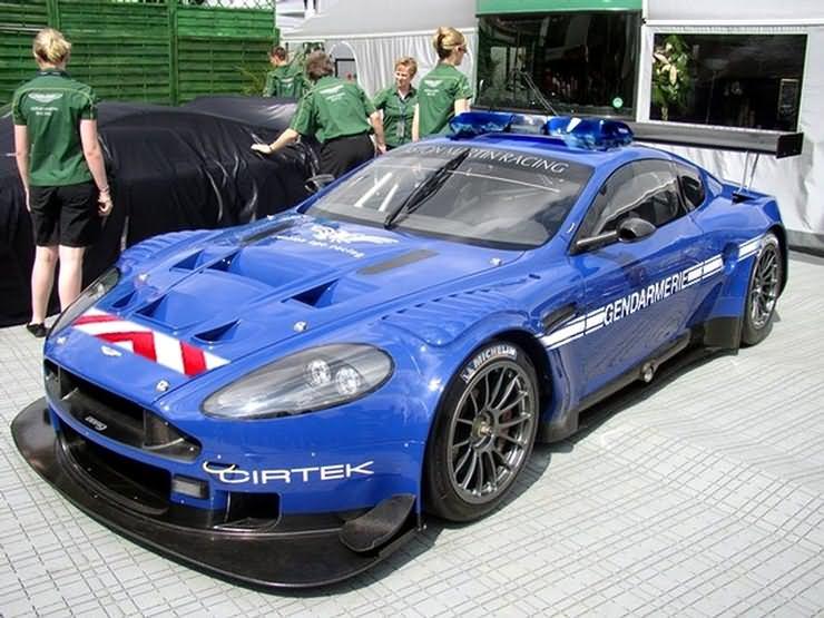 roulez vite, ça les arranges Aston_10