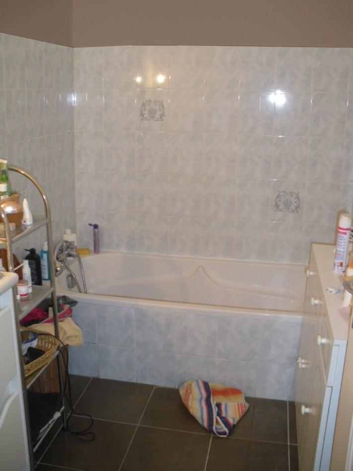 besoin de votre aide pour rénover  ma salle de bain  Sdb10