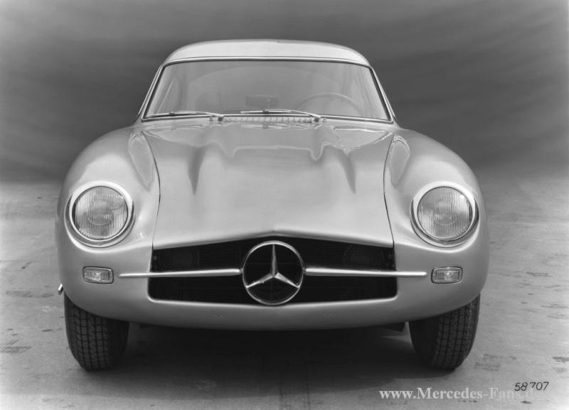Mercedes aux 24 heures du Mans 011-me25