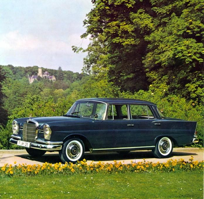 "[Historique] La Mercedes-Benz W110 ""Kleine Heckflosse"" 1961 - 1968 05_hec12"