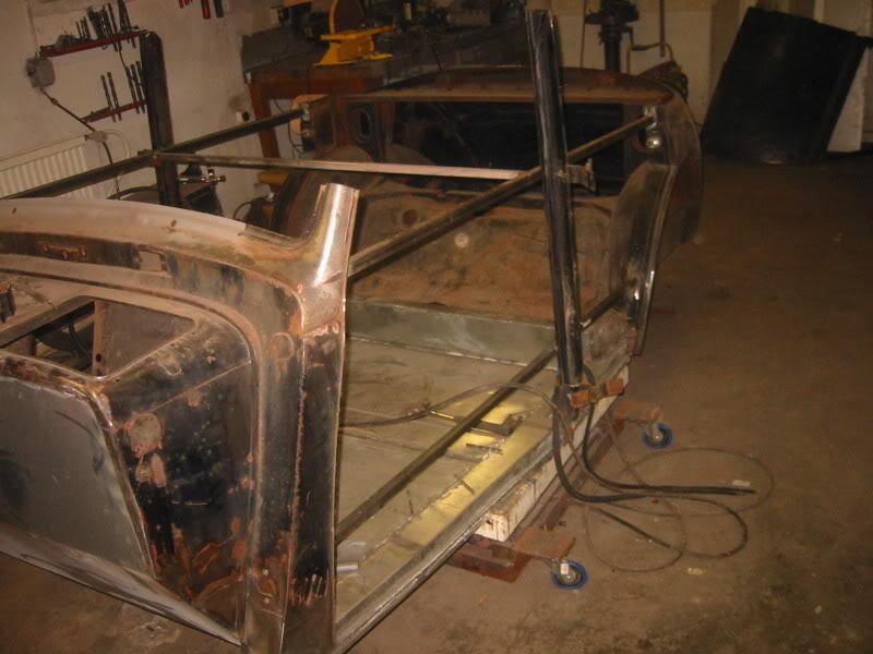 Les Mercedes Hot-Rod 143-4310