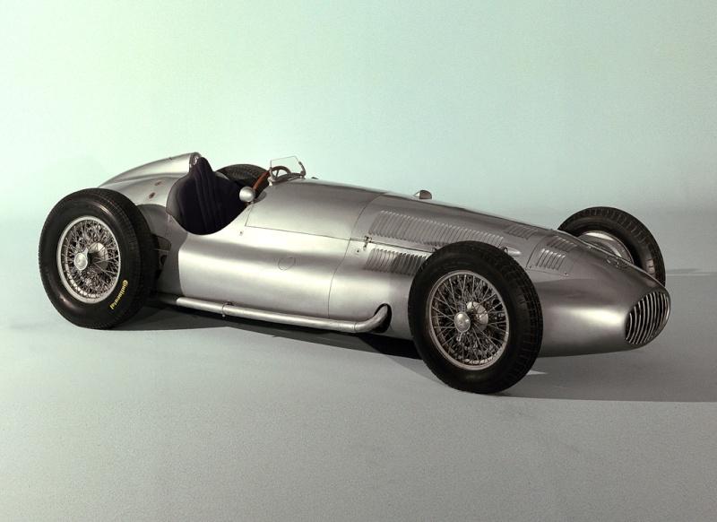 [ Historique] Mercedes-Benz W 154 1938-1939 (F1)  1939_m10