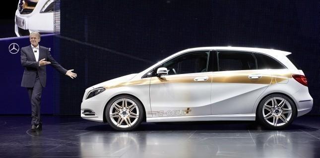 Mercedes Classe B E-Cell Plus Concept 2011 24274610