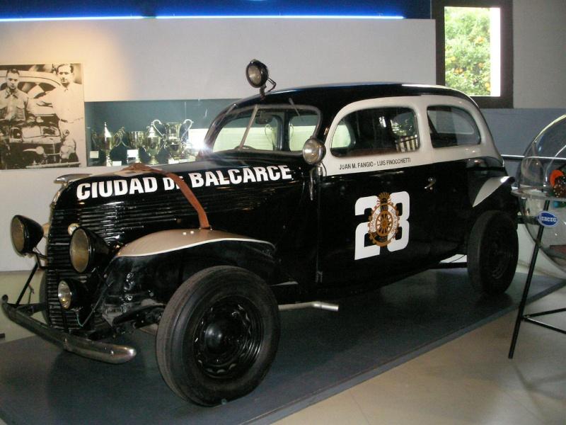 [pilote] Juan Manuel Fangio (1911-1995) 26666710