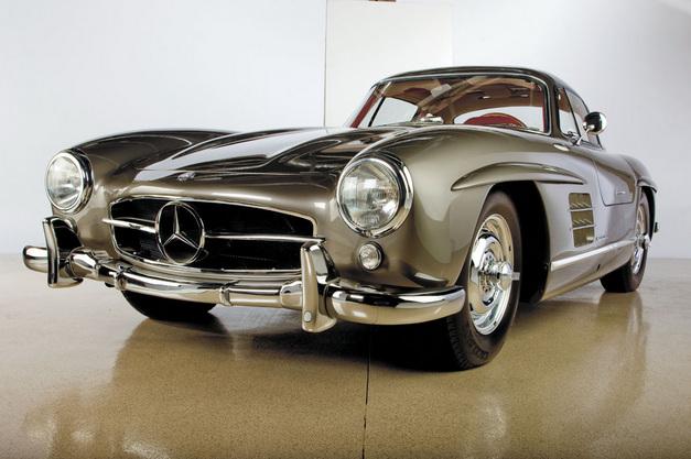 La Mercedes 300 SL 1952 (W194) - Page 2 40283410