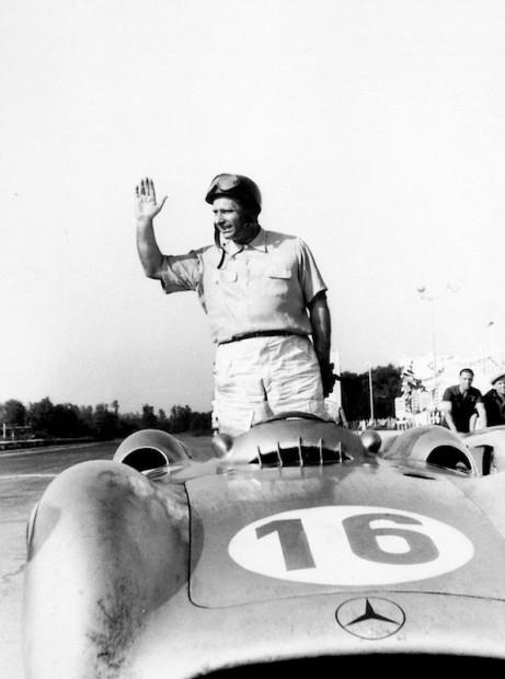 [pilote] Juan Manuel Fangio (1911-1995) 48677310