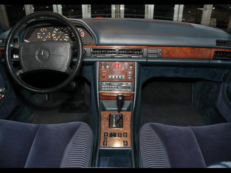 Les Mercedes 500/560 SE/SEL (W126)  536-1205