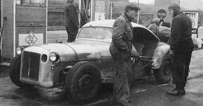 La Mercedes 300 SL 1952 (W194) - Page 2 65233110