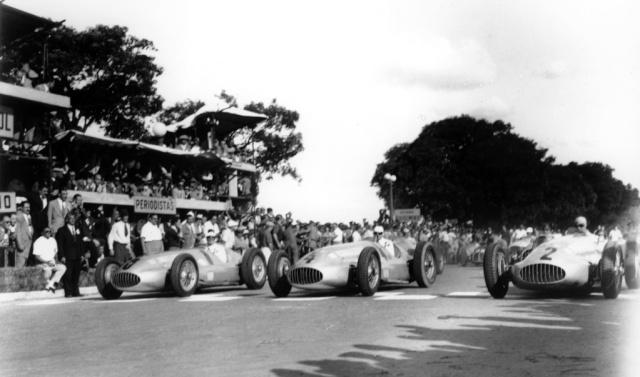 [ Historique] Mercedes-Benz W 154 1938-1939 (F1)  C1951_10