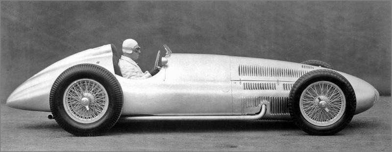 [ Historique] Mercedes-Benz W 154 1938-1939 (F1)  Captu105