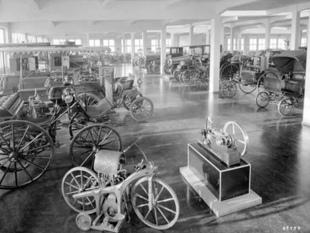 musée - [Photos] Le Mercedes-Benz Museum de Stuttgart Editor14