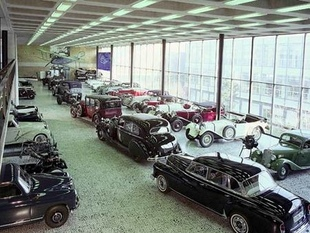 musée - [Photos] Le Mercedes-Benz Museum de Stuttgart Editor17