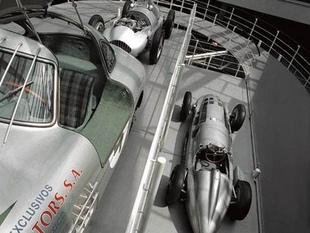 musée - [Photos] Le Mercedes-Benz Museum de Stuttgart Editor18
