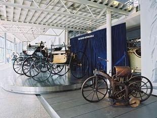musée - [Photos] Le Mercedes-Benz Museum de Stuttgart Editor19