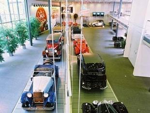 musée - [Photos] Le Mercedes-Benz Museum de Stuttgart Editor20