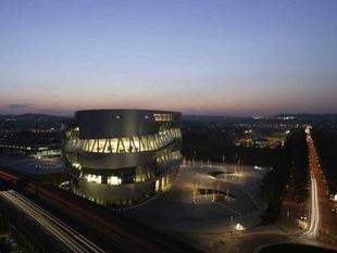 musée - [Photos] Le Mercedes-Benz Museum de Stuttgart Editor79