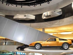 musée - [Photos] Le Mercedes-Benz Museum de Stuttgart Editor92