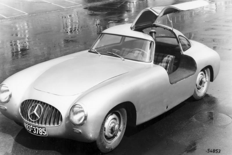 La Mercedes 300 SL 1952 (W194) - Page 2 Fascin11