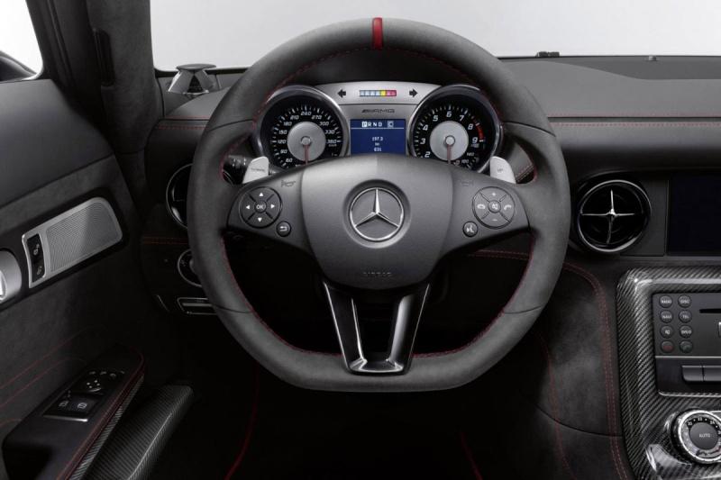 Mercedes SLS AMG Black Series Imag1302
