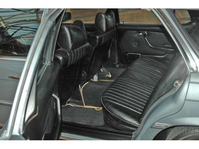La Mercedes 450 SEL Estate Imag1355