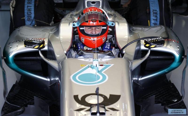 Formule 1 2011  - Page 38 Mbga1134