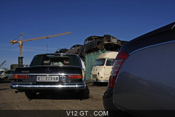[Essai] Mercedes 600 Pullman contre Maybach 62 Merc1767