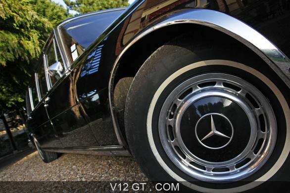 [Essai] Mercedes 600 Pullman contre Maybach 62 Merc1774
