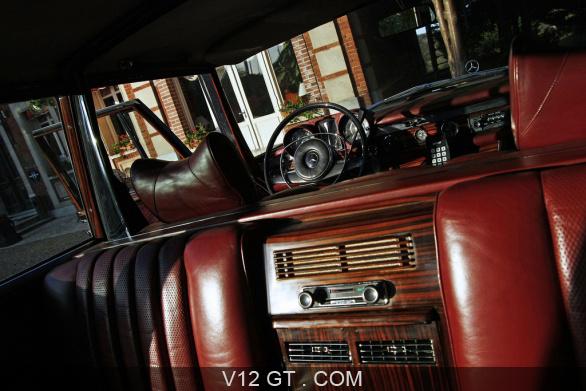 [Essai] Mercedes 600 Pullman contre Maybach 62 Merc1786