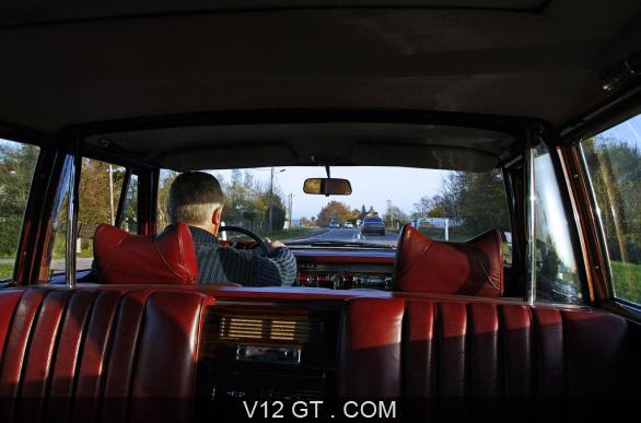 [Essai] Mercedes 600 Pullman contre Maybach 62 Merc1793