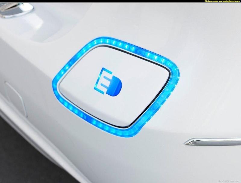 Mercedes Classe B E-Cell Plus Concept 2011 Pics-m10