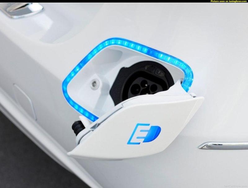 Mercedes Classe B E-Cell Plus Concept 2011 Pics-m11