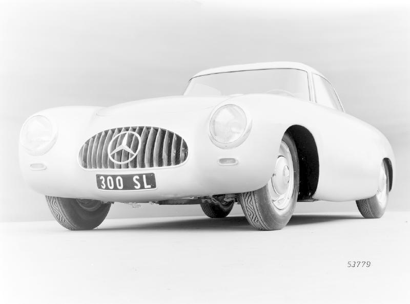 La Mercedes 300 SL 1952 (W194) - Page 2 Trivia12
