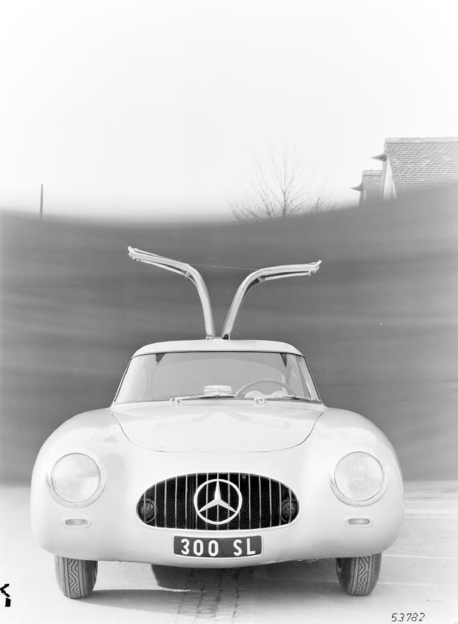 La Mercedes 300 SL 1952 (W194) - Page 2 Trivia14