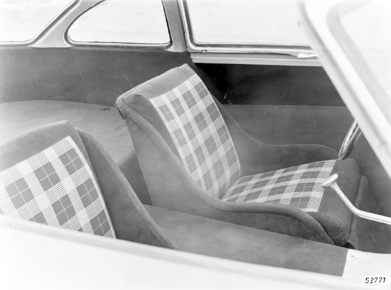 La Mercedes 300 SL 1952 (W194) - Page 2 Trivia16