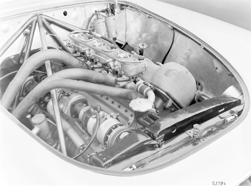La Mercedes 300 SL 1952 (W194) - Page 2 Trivia17