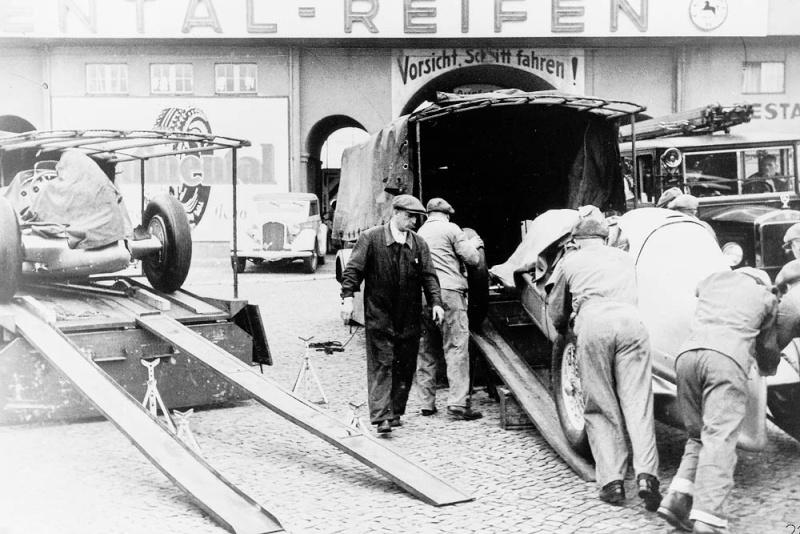 75 ans de transporteurs pour les flèches d'argent Tumblr26