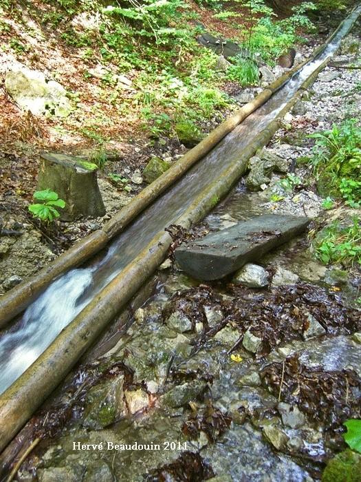 Vodný žľab, à Rakytovo (Slovaquie) P1210314
