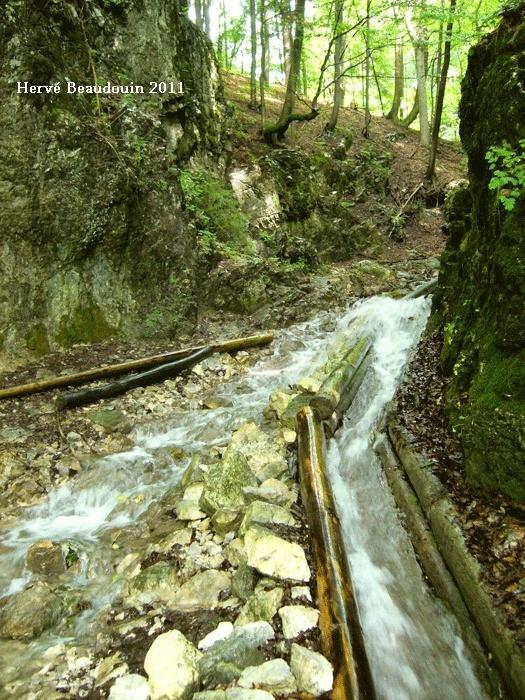 Vodný žľab, à Rakytovo (Slovaquie) P1210317
