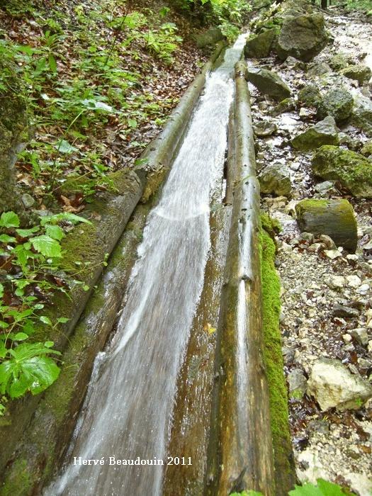 Vodný žľab, à Rakytovo (Slovaquie) P1210320